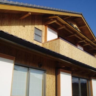 木の温もりを満喫できる家(2007年竣工)
