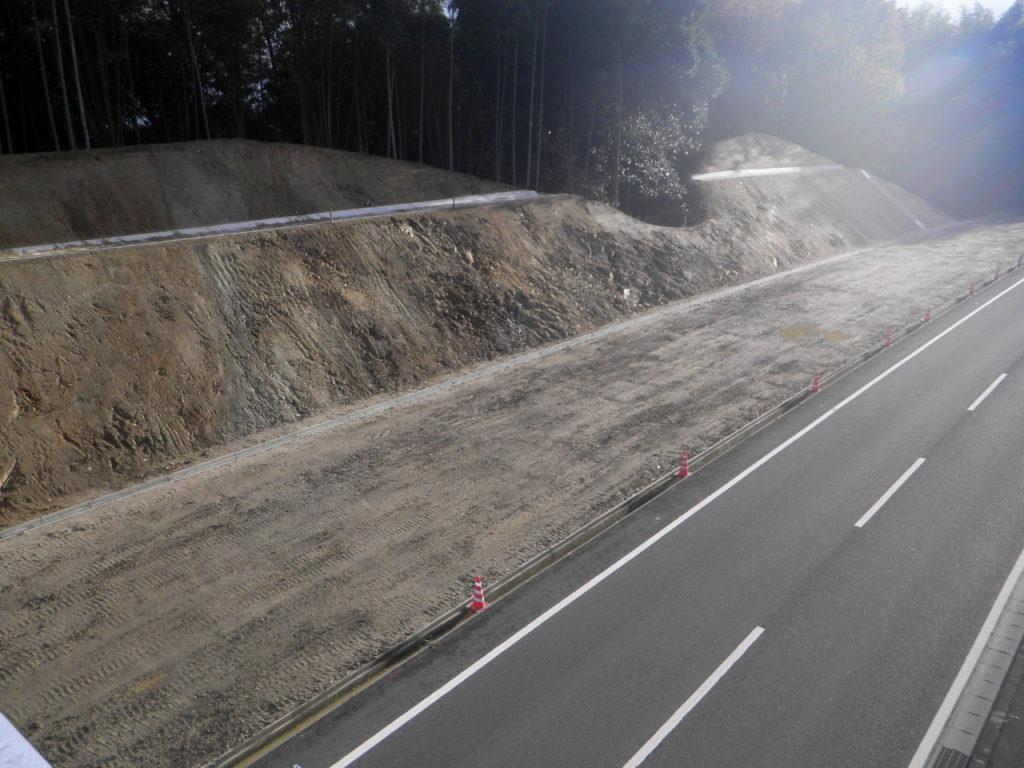 大道建設は伊賀市や名張市で道路工事もしています。